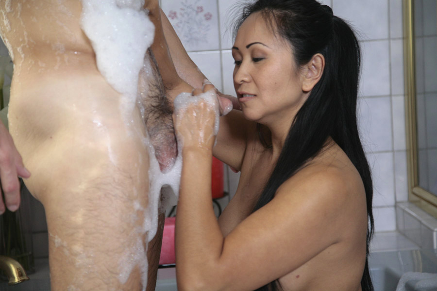 Asian Massage Parlor Creampie